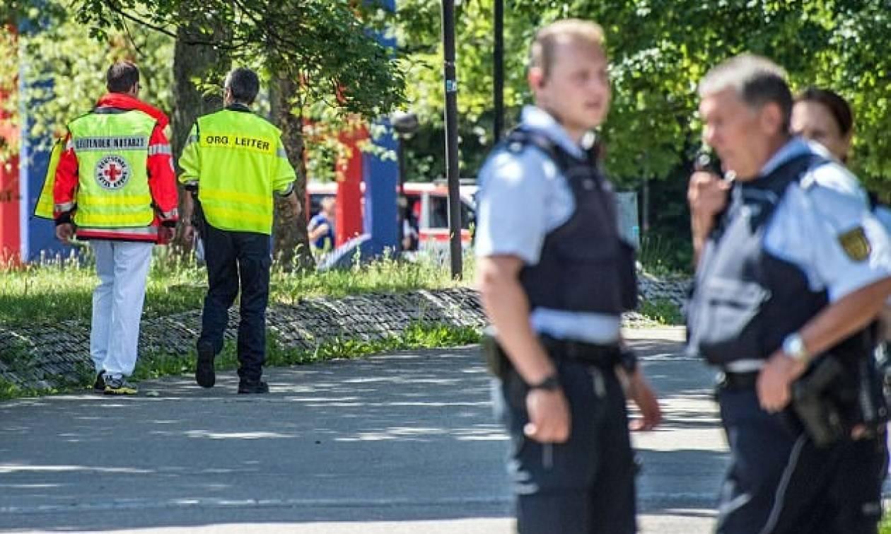 Γερμανία: Μεγάλη έρευνα της αστυνομίας για «ένοπλο» ύποπτο που μπήκε σε σχολείο (vid)