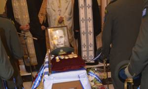 Κύπρος ΕΛ.ΔΥ.Κ: Με τιμές ενταφιάστηκαν τα λείψανα του ήρωα Βασίλειου Παπαλάμπρου