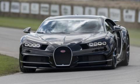 Η Bugatti Chiron είναι απλά διαστημική (Pics)