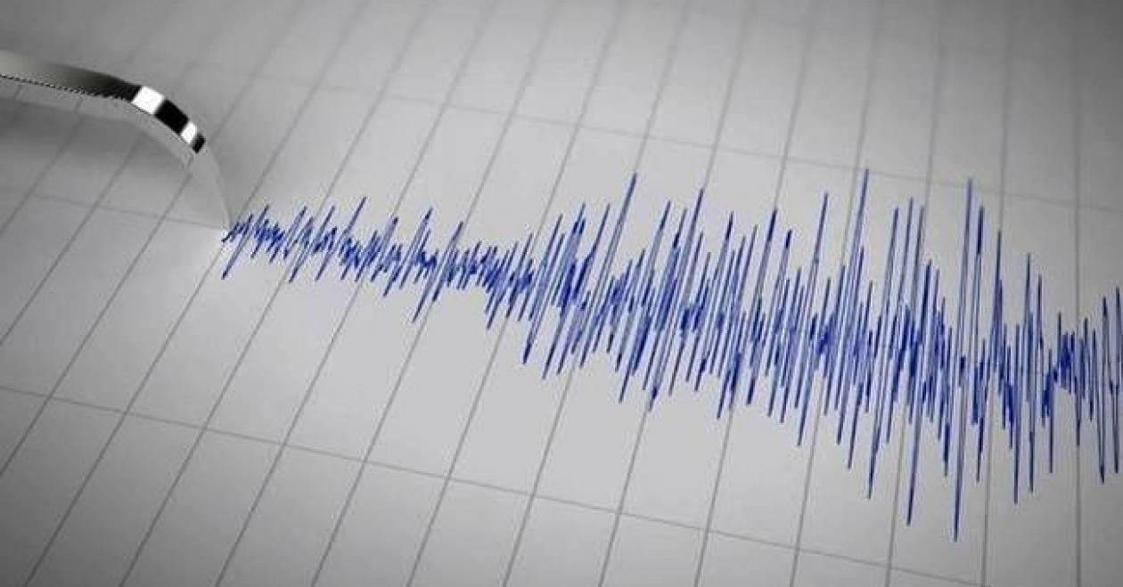 Ισχυρός σεισμός στα Δωδεκάνησα: Προειδοποίηση για τσουνάμι (Pics)