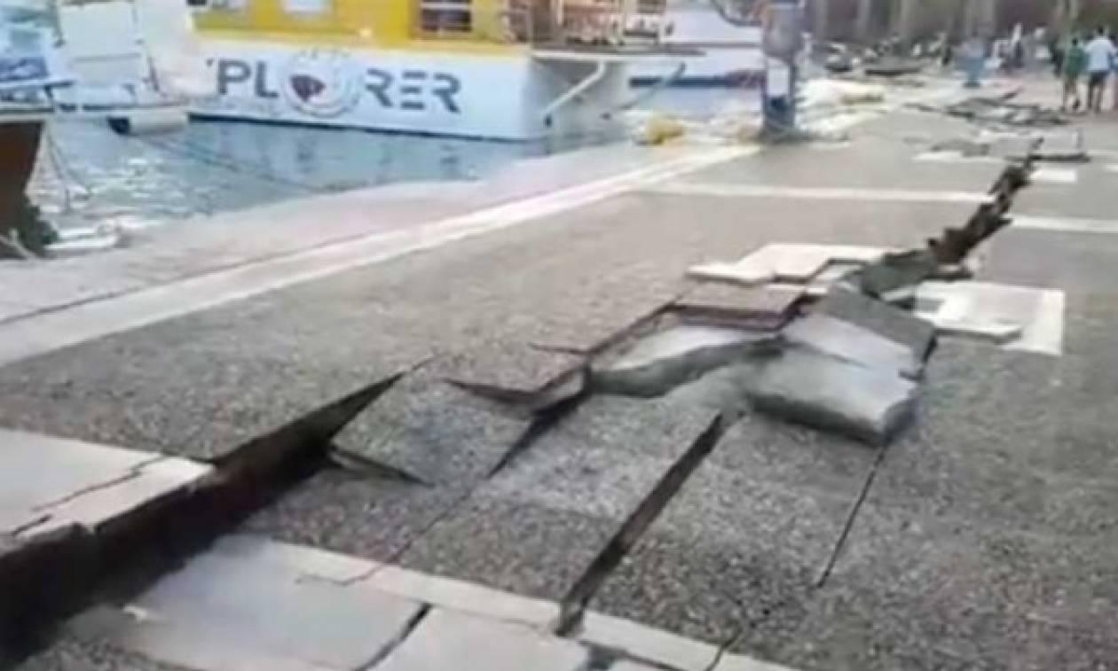 Σεισμός Κως: Σοκαριστικές εικόνες από το λιμάνι του νησιού - Άνοιξε στα δύο η γη