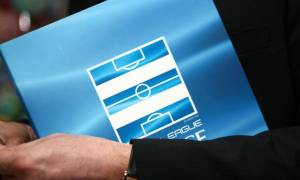 Super League: Αναβολή για play offs και Nova