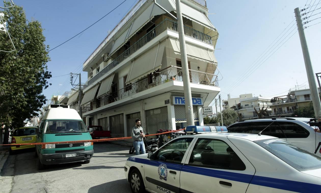 Έγκλημα στο Περιστέρι: Δεν είπε κουβέντα στον εισαγγελέα ο δράστης – Του απαγγέλθηκαν κατηγορίες