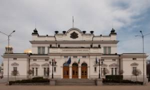 Απίστευτο περιστατικό στη Βουλγαρία: Βουλευτής εκβίαζε έμπορο για τέσσερις τόνους… σουτζούκι!