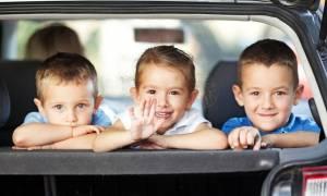 Ταξιδεύοντας με το παιδί σας: Μετατρέψτε τα ταξίδια σε διασκεδαστικές εμπειρίες