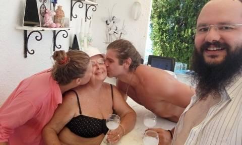 Βέφα Αλεξιάδου: Το «τρυφερό» φιλί από τα ανίψια της: «Μου δίνετε τόση χαρά αγαπημένα μου παιδιά»