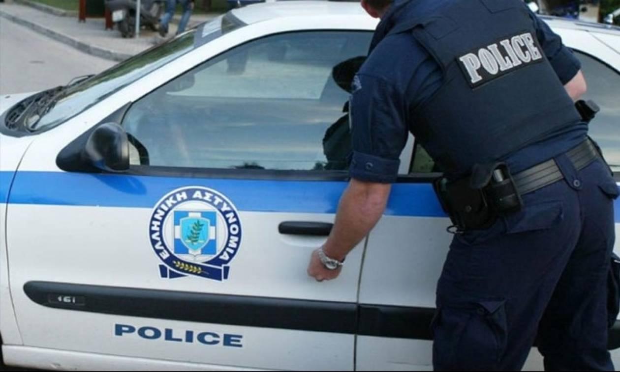 Έφοδος της Αστυνομίας σε σπίτι στο κέντρο της Αθήνας