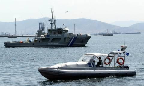 Σκάφος με μετανάστες εντοπίστηκε ανατολικά της Σκύρου