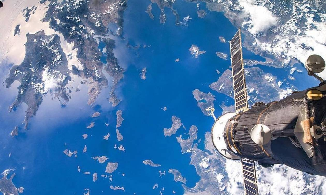Συμβαίνει σήμερα: Δείτε με γυμνό μάτι τον διεθνή διαστημικό σταθμό να περνά πάνω από την Ελλάδα