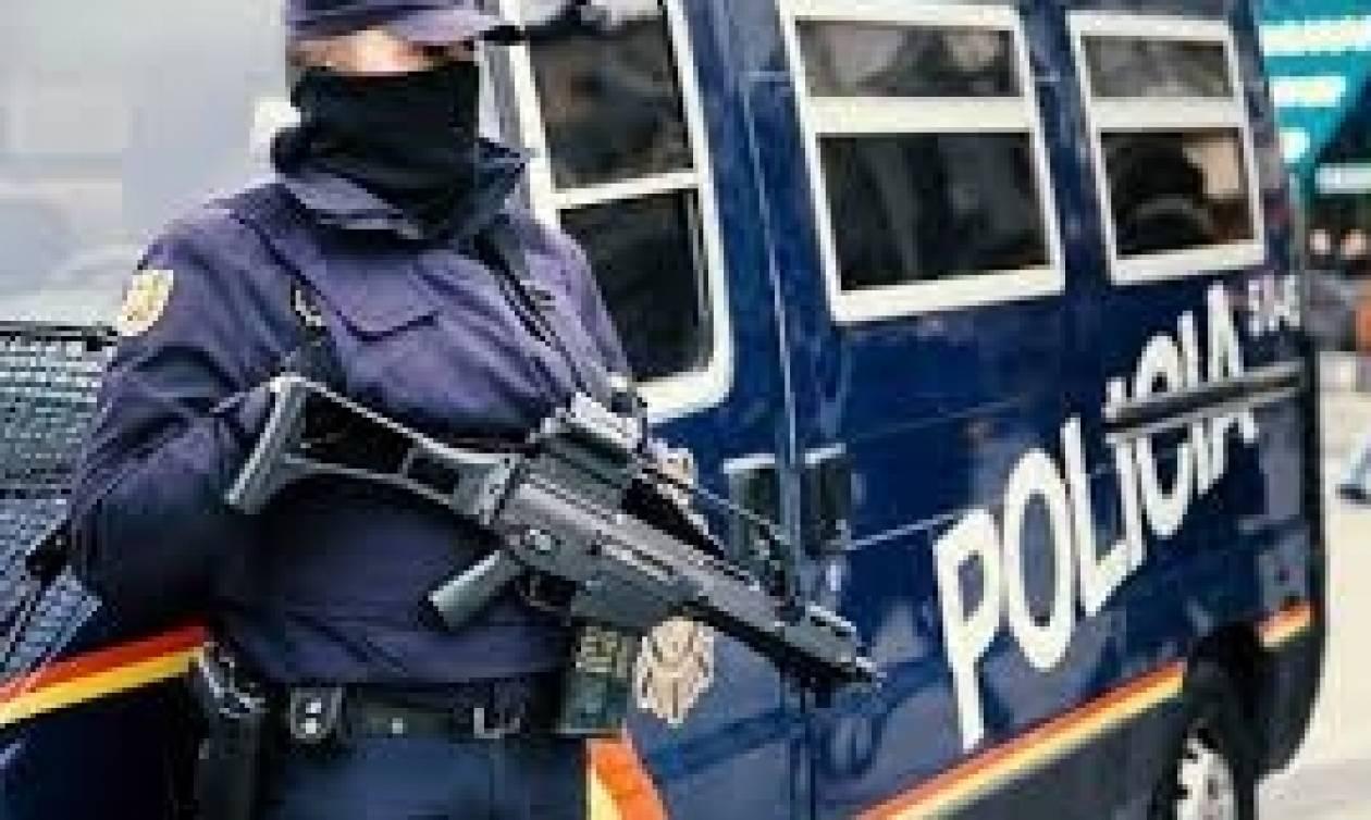 Ισπανία: Φώναξε «Αλλάχ Άκμπαρ» και μαχαίρωσε αστυνομικό