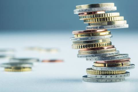 Έξοδος στις αγορές: Με επιτόκιο 4,625% η Ελλάδα άντλησε 3 δισ. ευρώ