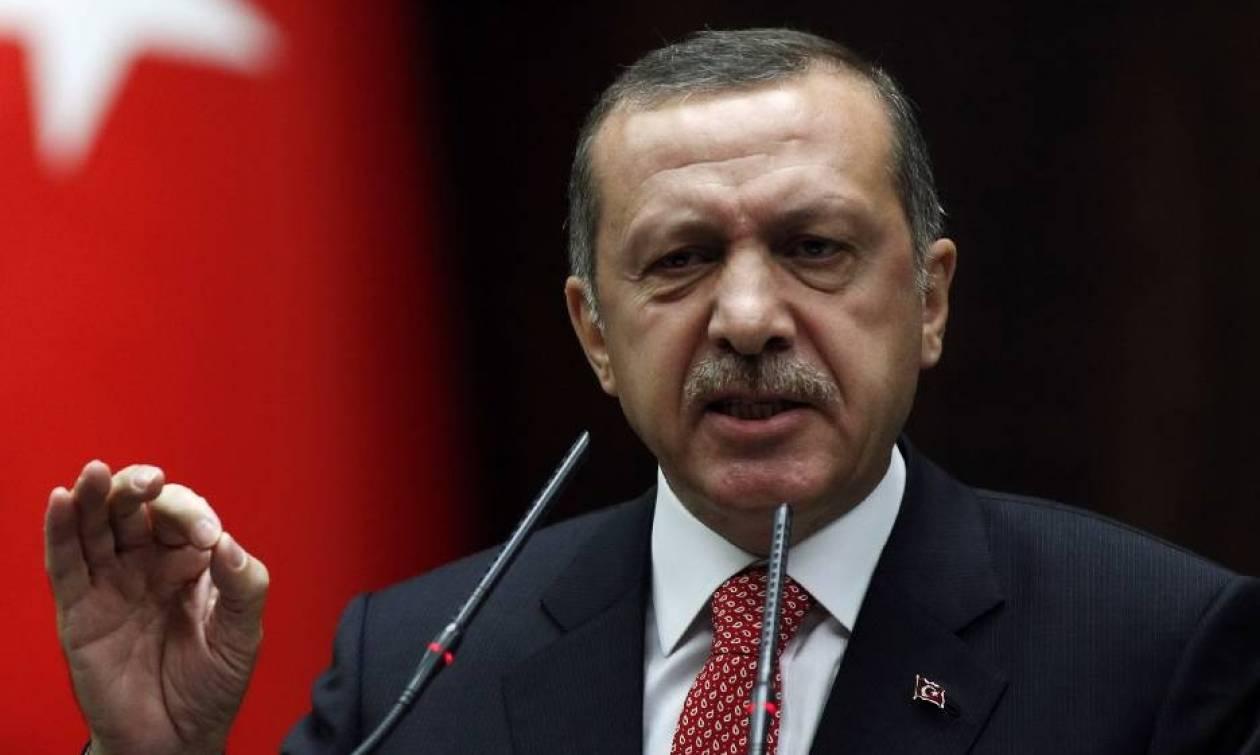 Νέες απειλές Ερντογάν: Θα υποστούν συνέπειες όσοι επιβάλλουν εμπάργκο στην Τουρκία