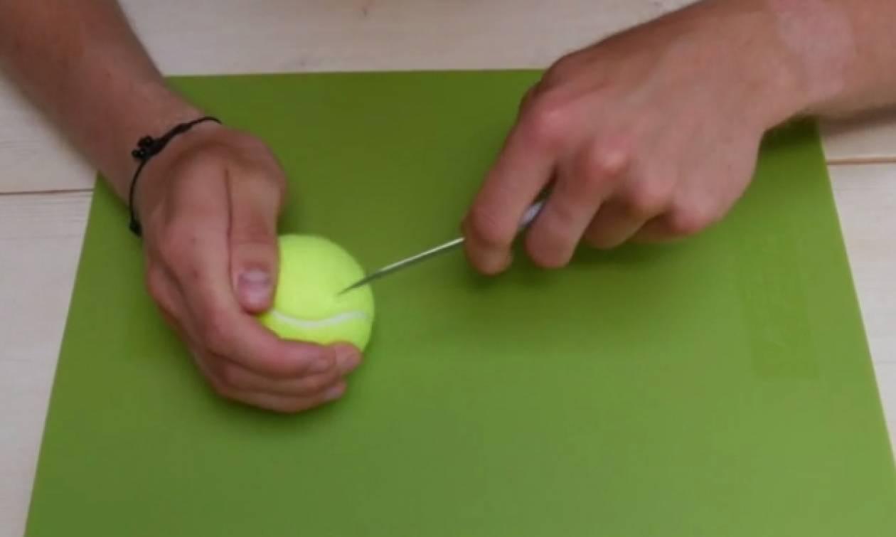 Πήρε ένα μπαλάκι του τένις και τα κλειδιά του. Αυτό που έφτιαξε θα το κάνετε αμέσως (Video)
