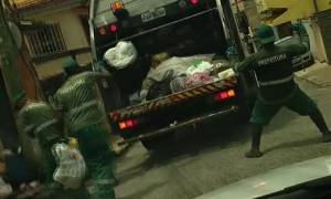 Υπάλληλοι καθαριότητας μαζεύουν τα σκουπίδια χορεύοντας και ρίχνουν το διαδίκτυο (video)