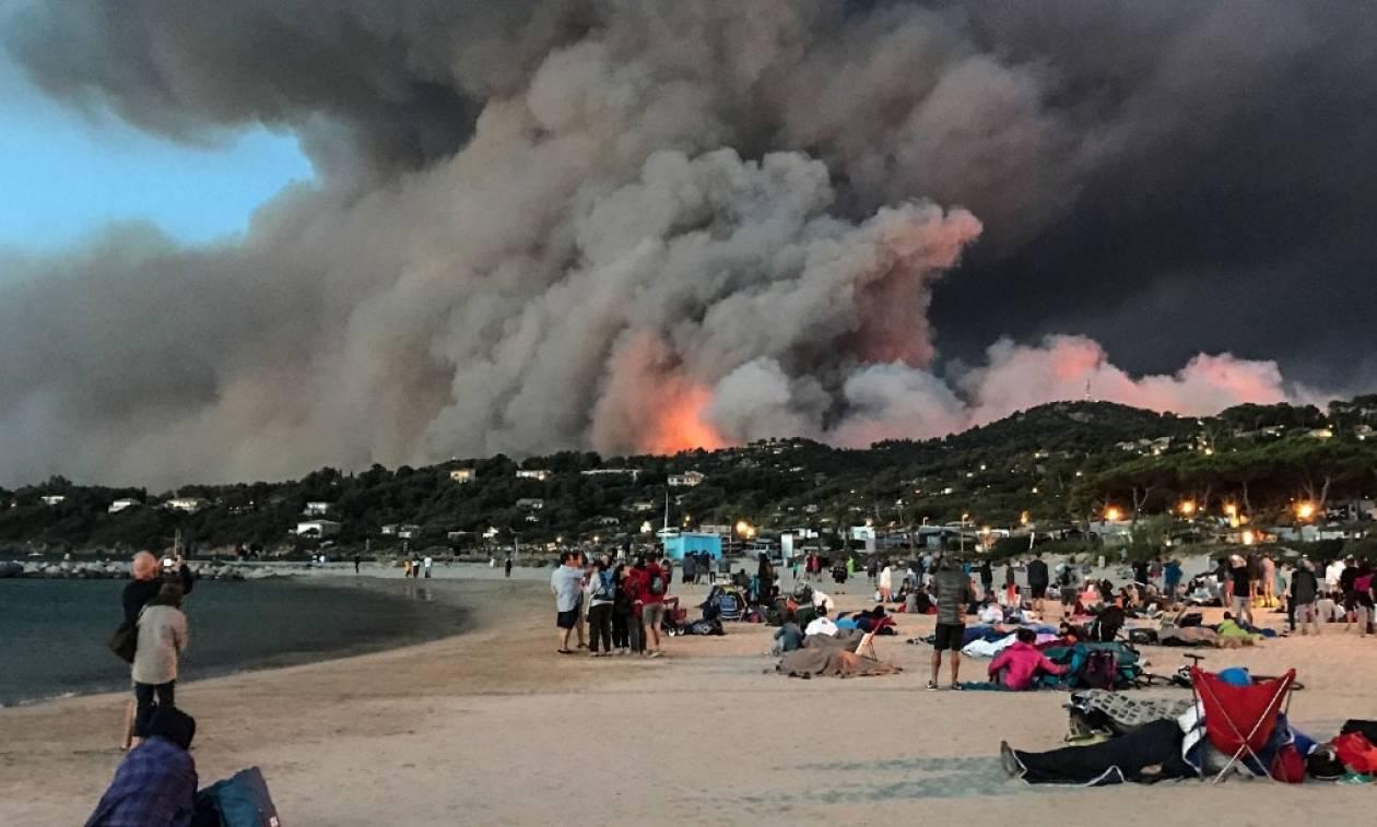 Πύρινος εφιάλτης στη Γαλλία - Συγκλονιστικές φωτογραφίες από τη μεγάλη πυρκαγιά