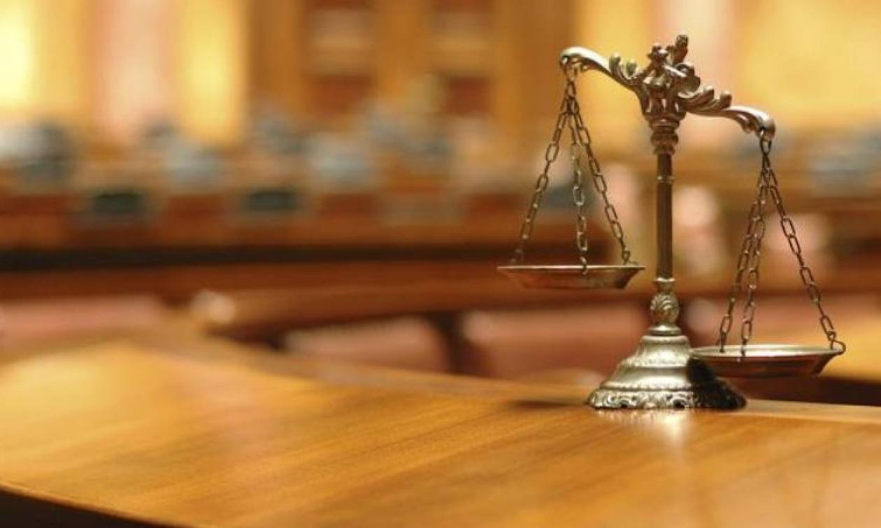 Καταδίκη 33χρονου Αυστριακού σε διετή φυλάκιση για χιτλερικό χαιρετισμό