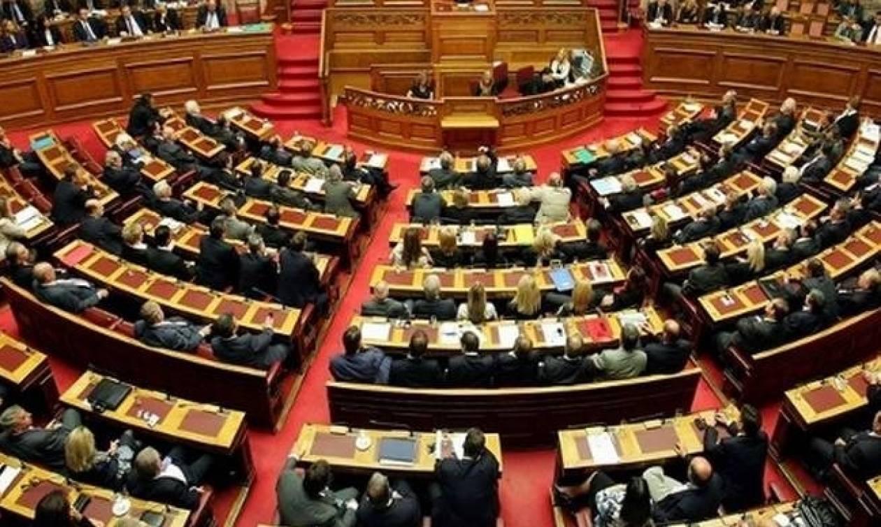 «Στα «κάγκελα» η αντιπολίτευση για το νομοσχέδιο του υπουργείου Οικονομικών