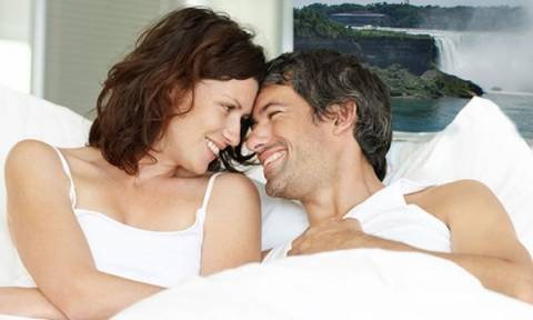 Πώς επηρεάζεται η σεξουαλική ζωή της γυναίκας στη μέση ηλικία;
