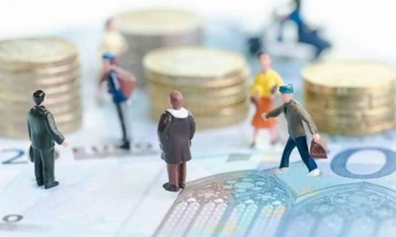 Κοινωνικό Εισόδημα Αλληλεγγύης (ΚΕΑ): Πότε θα μπουν τα χρήματα στους λογαριασμούς