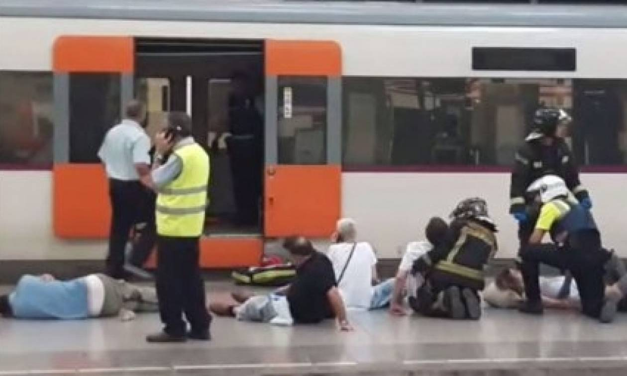Σιδηροδρομικό ατύχημα στη Βαρκελώνη – Τουλάχιστον 48 τραυματίες (photos & vids)
