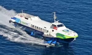 Ιπτάμενο δελφίνι με 105 επιβάτες επέστρεψε στον Πειραιά – Αντικείμενο μπλέχτηκε στα πτερύγια