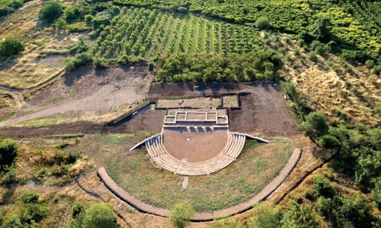 Την πρώτη πανσέληνο του Αυγούστου ανοίγει για το κοινό το Αρχαίο Θέατρο της Μίεζας