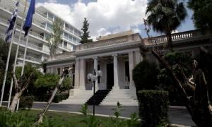 Μαξίμου για το «δώρο» του Μητσοτάκη στον Τσίπρα: Έχει την κατανόηση και τη συμπαράστασή μας