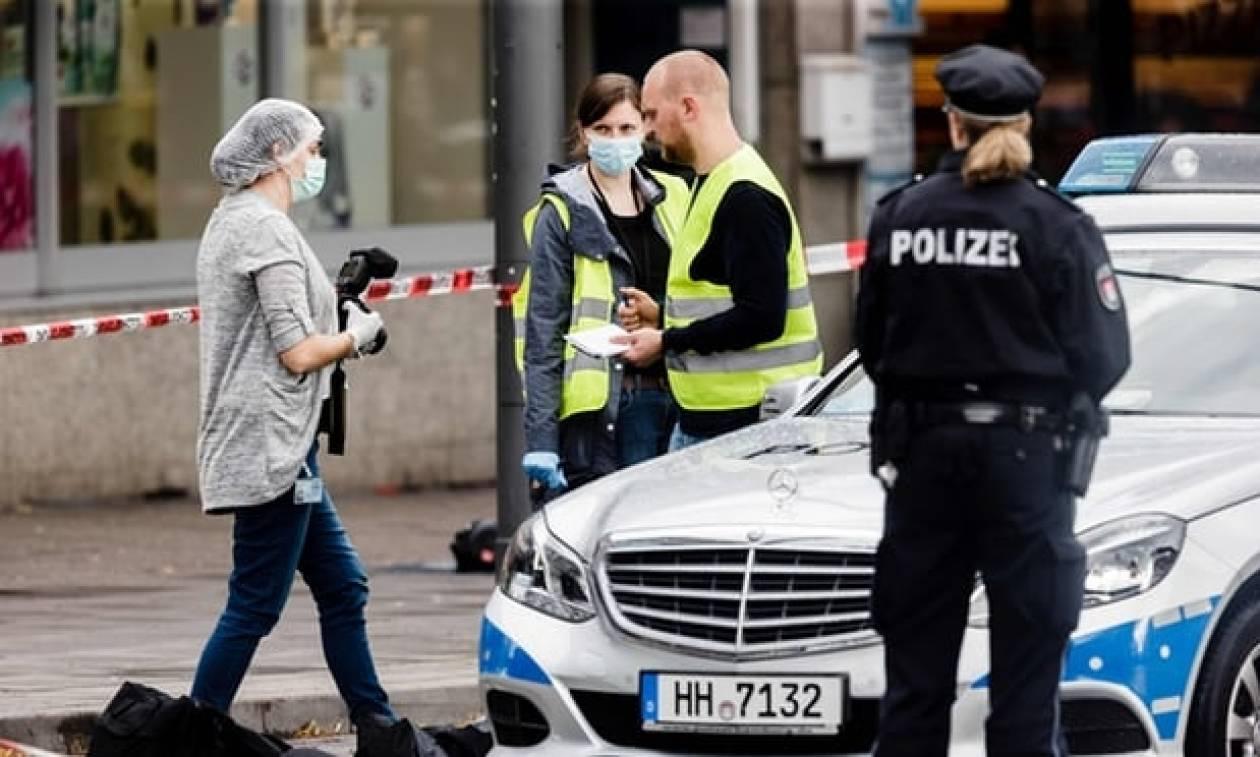 Αμβούργο: Οι περαστικοί ακινητοποίησαν τον δράστη της φονικής επίθεσης (pics+vid)