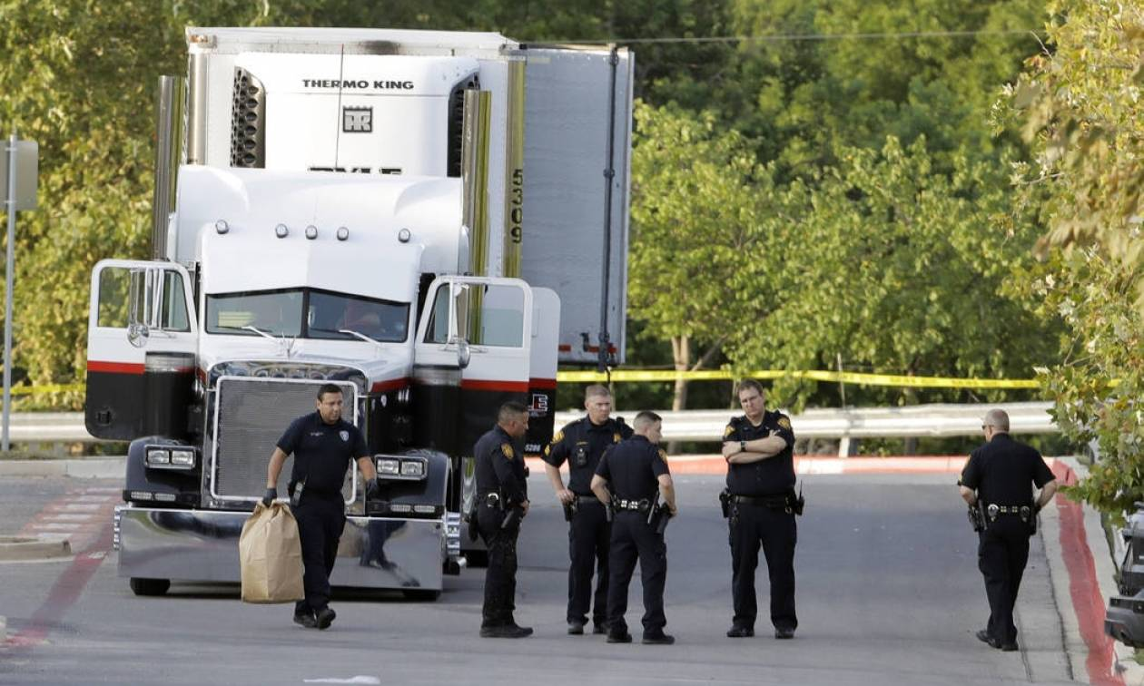 Θρίλερ στο Μεξικό: Εγκατέλειψαν 178 ανθρώπους κλεισμένους σε νταλίκα και εξαφανίστηκαν