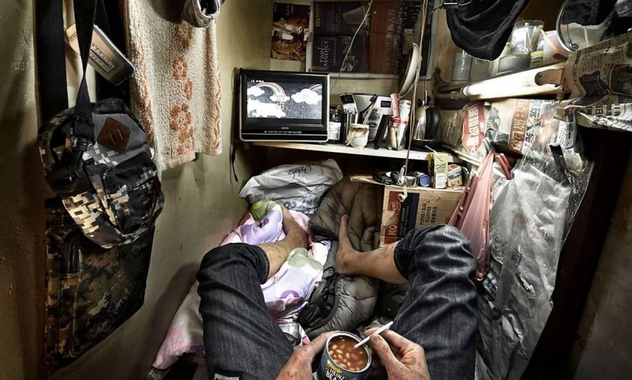 Εικόνες σοκ από τα «διαμερίσματα φέρετρα» στα οποία ζουν 200.000 άνθρωποι (photos)