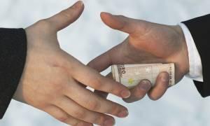 Η μεγάλη απάτη των τραπεζιτών, των κερδοσκόπων και των ολιγαρχών με τα «κόκκινα» δάνεια