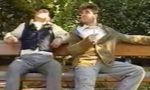 Συλλεκτικό βίντεο: Ο Μάρκος Σεφερλής πιτσιρικάς και με... μαλλιά (video)
