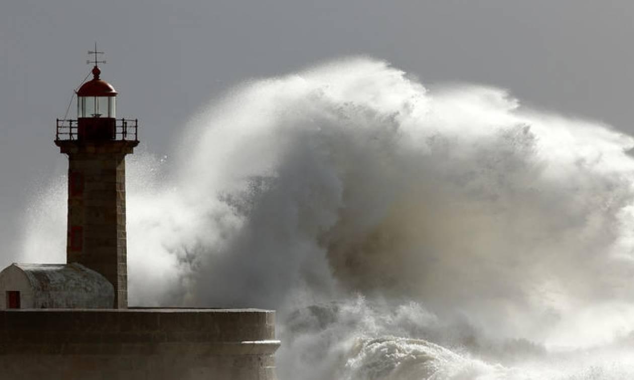 Καιρός τώρα: Η ΕΜΥ προειδοποιεί για ισχυρούς ανέμους – Ταλαιπωρία για τους εκδρομείς του Αυγούστου