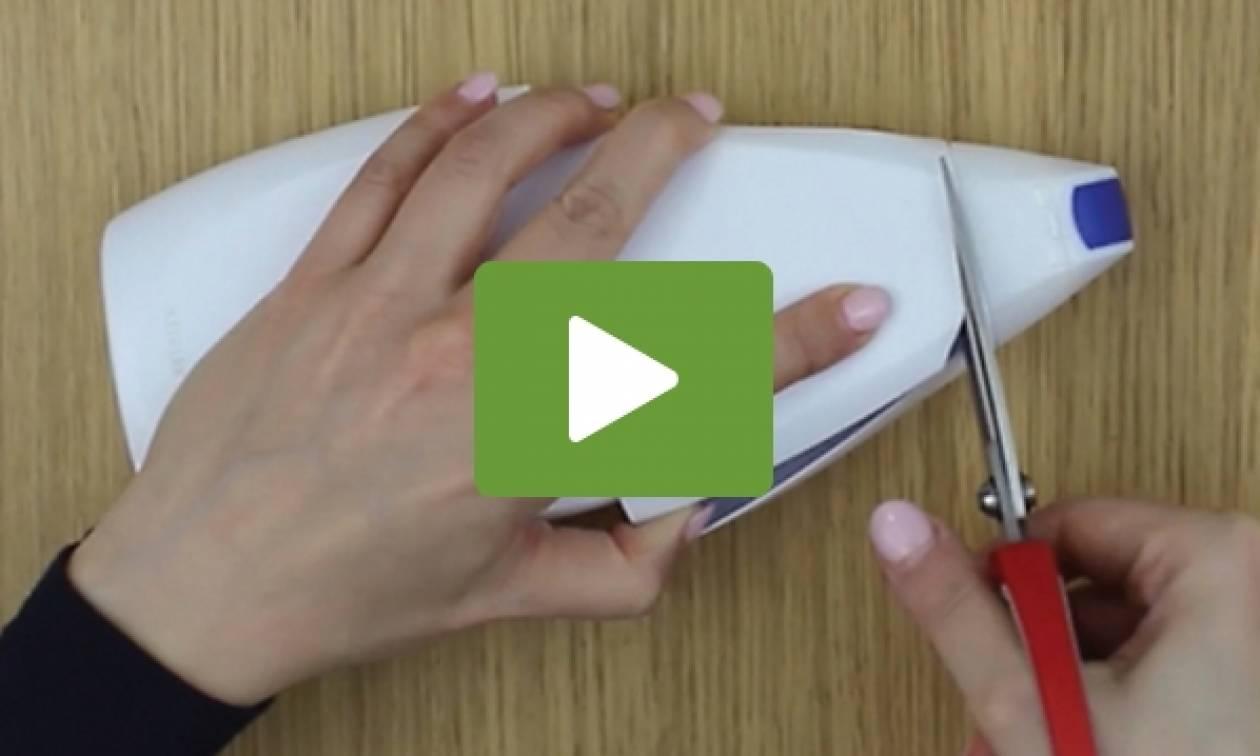 Τι μπορείτε να φτιάξετε για το κινητό σας με ένα... σαμπουάν; (video)