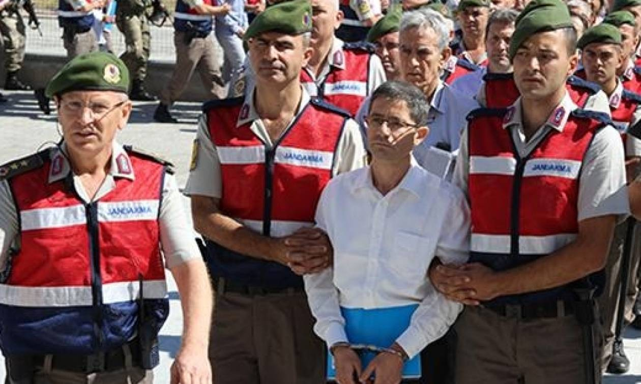 Υπό δρακόντεια μέτρα ασφαλείας ξεκίνησε η δίκη των «500» για το πραξικόπημα στην Τουρκία