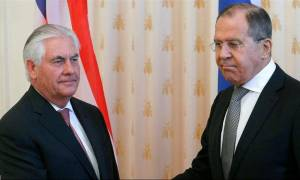 Συνάντηση Τίλερσον - Λαβρόφ το Σαββατοκύριακο στη σκιά των νέων κυρώσεων
