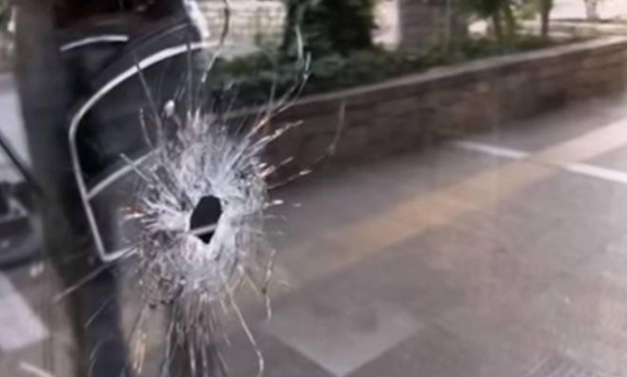 Βγήκαν τα όπλα στον Κορυδαλλό: Γυναίκα τραυματίστηκε από αδέσποτη σφαίρα!