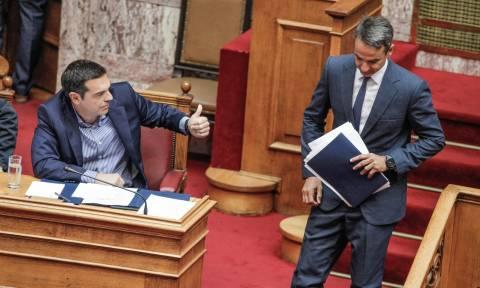 «Μετωπική» Τσίπρα - Μητσοτάκη στη Βουλή: Ατάκες δηλητήριο και μεγάλη ένταση