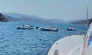 Τραγικό δυστύχημα στη Μαρμαρίδα: Βυθίστηκε γιοτ μόλις 200 μέτρα από το λιμάνι (Vid)