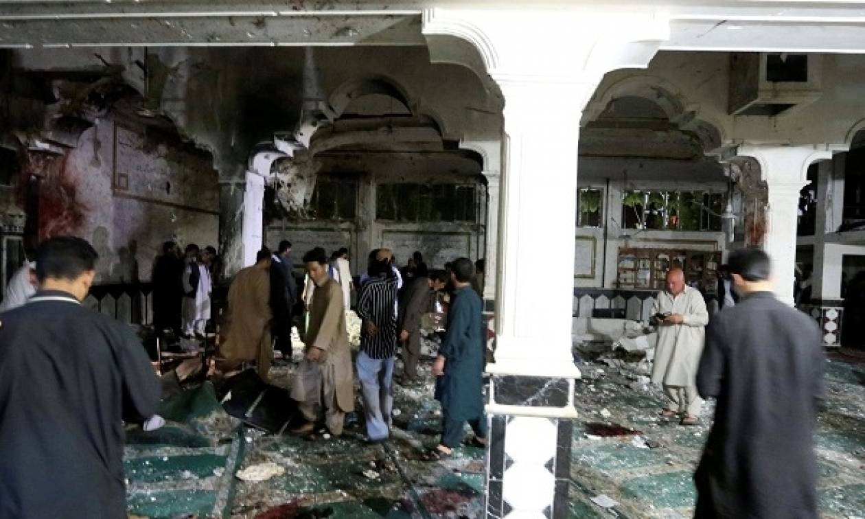 Αφγανιστάν: Το ΙΚ ανέλαβε την ευθύνη για το λουτρό αίματος στο σιιτικό τέμενος