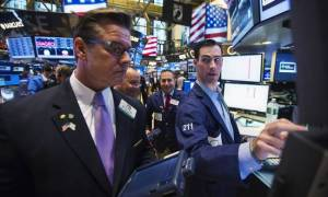 Wall Street: Ο Dow Jones έκλεισε για πρώτη φορά πάνω από τις 22.000 μονάδες