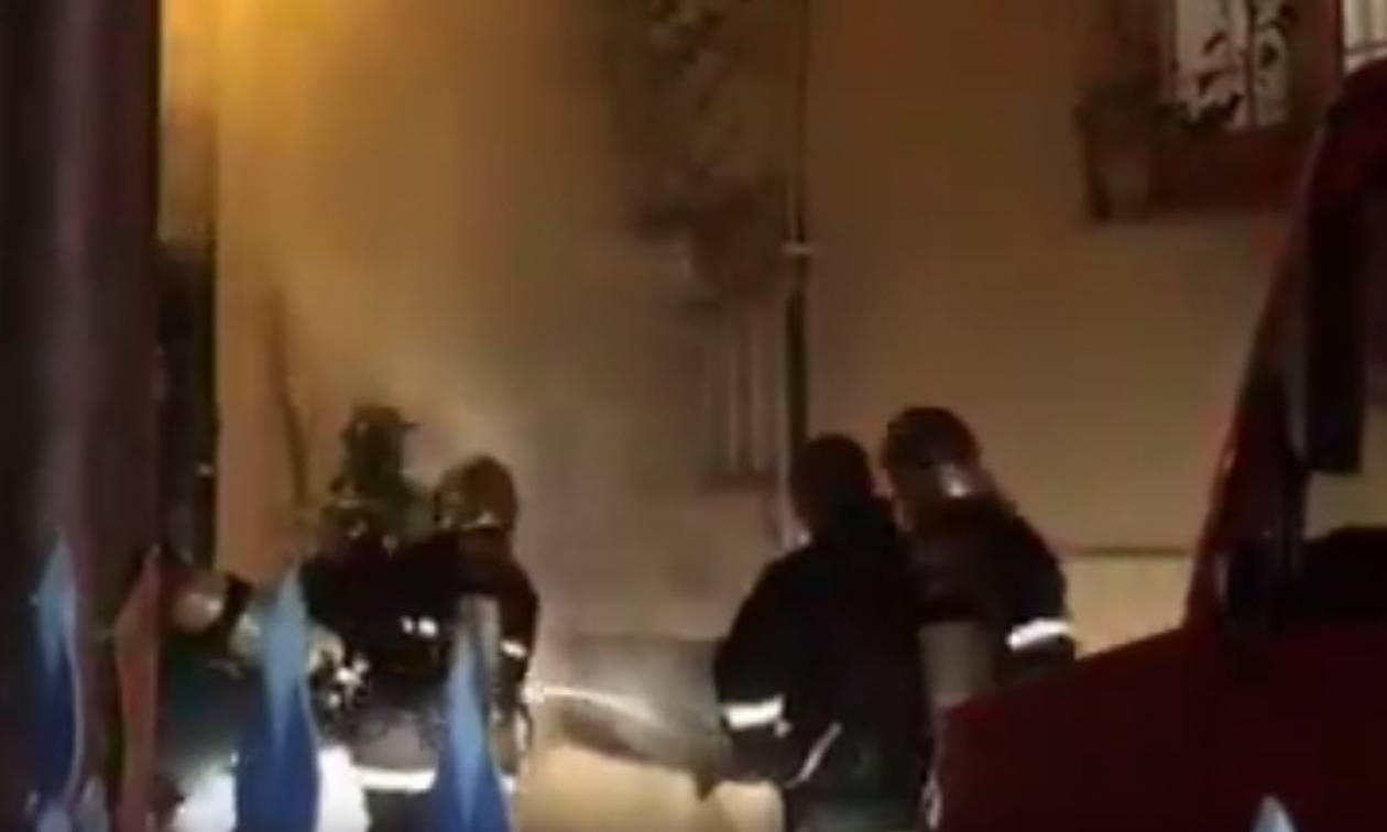 Θεσσαλονίκη: Στις φλόγες υπόγειο πολυκατοικίας στις Συκιές