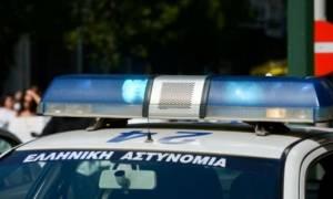 Θρίλερ στη Θεσσαλονίκη: Μαχαίρωσαν 20χρονο στη μέση του δρόμου