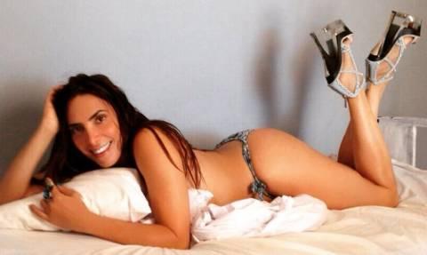 Κόλαση! Η Μάγκυ Χαραλαμπίδου κολάζει το Instagram μόνο με μαγιό και γόβες στο κρεβάτι!