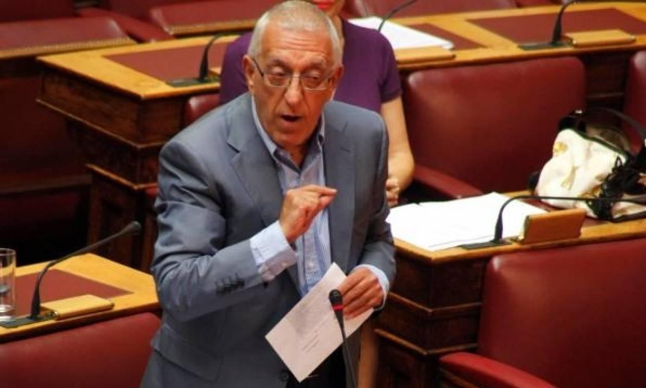 «Έβαλαν στο προεδρικό διάταγμα θέμα προσευχής και ο Παυλόπουλος τους το γύρισε πίσω»