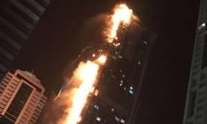 Με επιτυχία η εκκένωση του φλεγόμενου ουρανοξύστη στο Ντουμπάι