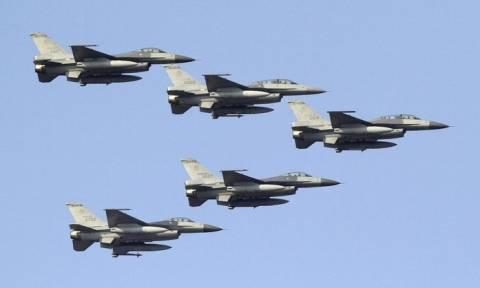 Προκαλεί η Άγκυρα: Δεκατέσσερα τουρκικά F-16 «γάζωσαν» την Παρασκευή (4/8) το Αιγαίο