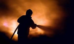 Φωτιά στο Γαλάτσι: Μια ανάσα από τα σπίτια έφτασαν οι φλόγες