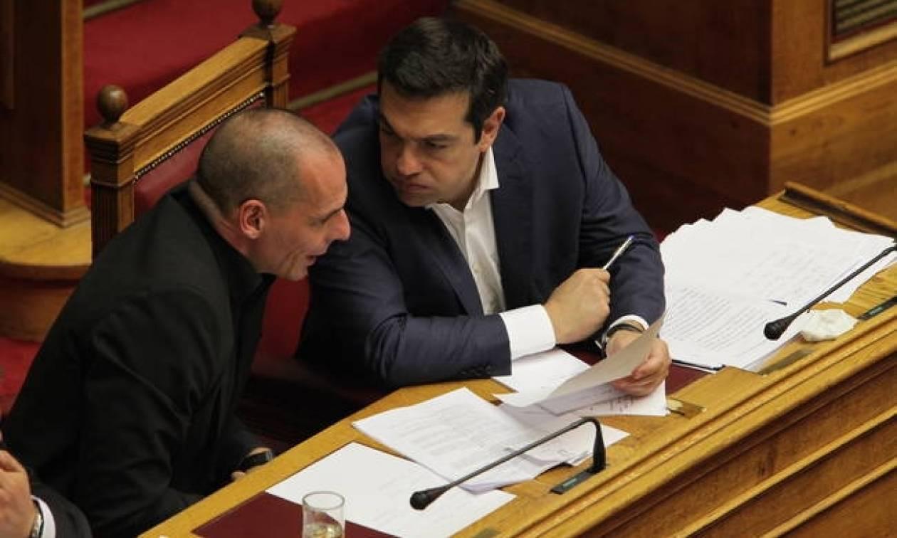 Νέες «τορπίλες» Βαρουφάκη για Τσίπρα - Καμμένο: Ο πρωθυπουργός μου είπε «Χέ.. τον Ευκλείδη!»