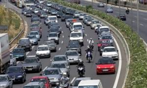 Χάος στους δρόμους για Χαλκιδική - Χαμηλές ταχύτητες για τα οχήματα